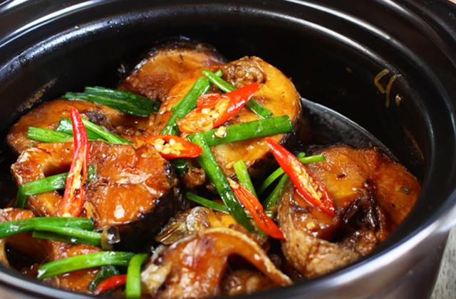 Đậm đà món cá kho ngũ vị hương - 1